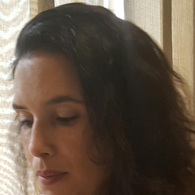 Andréa Alves Crespo